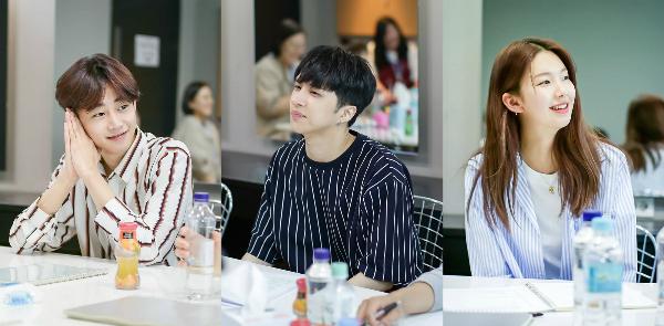 Web drama Tofu Personified dài 8 tập với sự tham gia của Ken (VIXX), Kim Jin Kyung và Park Ji Bin đang được phát sóng từ giữa tháng 7.