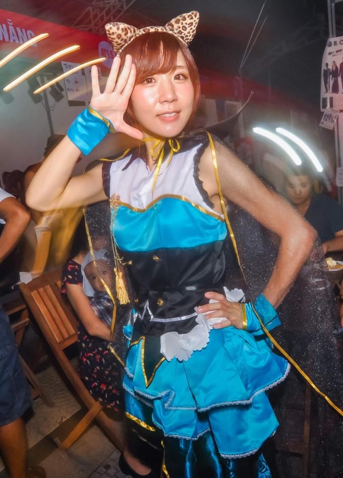 <p> Hoạt động trình diễn trang phục, hóa thân thành thành các nhân vật yêu thích trong manga, anime… được một nhóm các bạn trẻ Đà Nẵng tiếp tục duy trì tại kỳ lễ hội lần này.</p>
