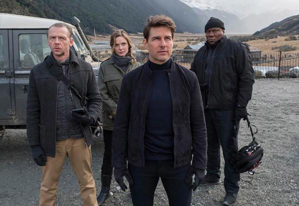 Tom Cruise trở lại cùng các chiến hữu của mình.