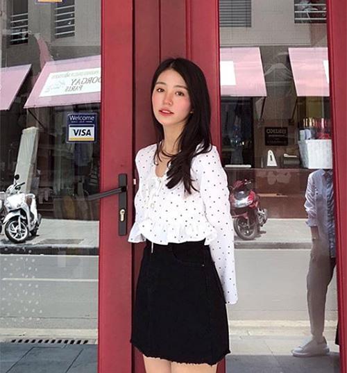 Phong cách ăn mặc người lớn hơn giúp Mẫn Tiên trông xinh đẹp, quyến rũ chẳng thua mỹ nhân Vbiz nào.