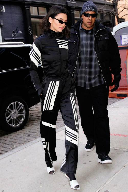 Loạt ảnh chứng minh Kendall Jenner nghiện style thập niên 90 - 3