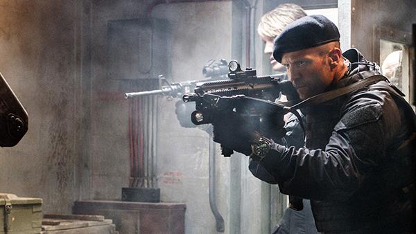 Nam diễn viên Jason Statham suýt mất mạng vì một cảnh phim.