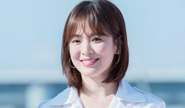 Song Hye Kyo dính nhiều tin đồn tình cảm với bạn diễn và đồng nghiệp.