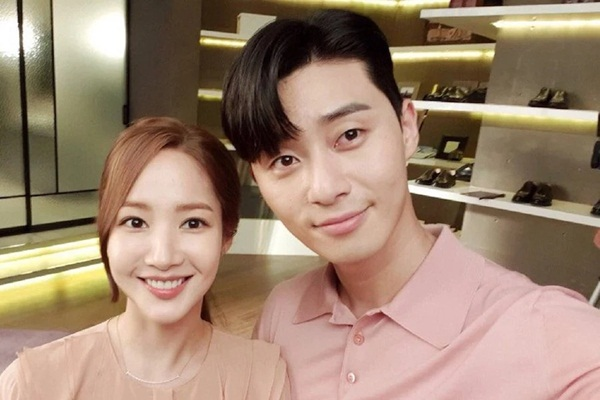 10 tin hẹn hò gây sốc nhất làng giải trí Hàn từ đầu 2018 - 1