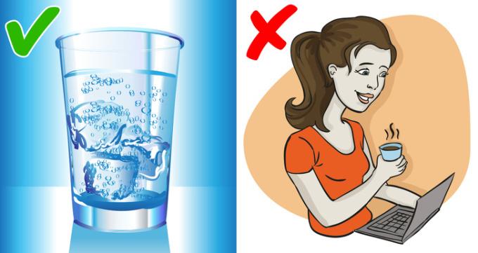 <p> Nước uống giúp đốt cháy nhiều calo hơn và hỗ trợ giảm cân vô cùng tốt. Một nghiên cứu về phụ nữ béo phì đã kiểm tra tác động của việc tăng lượng nước uống vào trọng lượng của họ. Kết quả cho thấy trong một năm, uống hơn một lít nước mỗi ngày giúp giảm 2 kg cân nặng.</p>