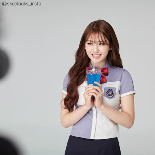Somi tái xuất nhưng chỉ thông qua ảnh quảng cáo.
