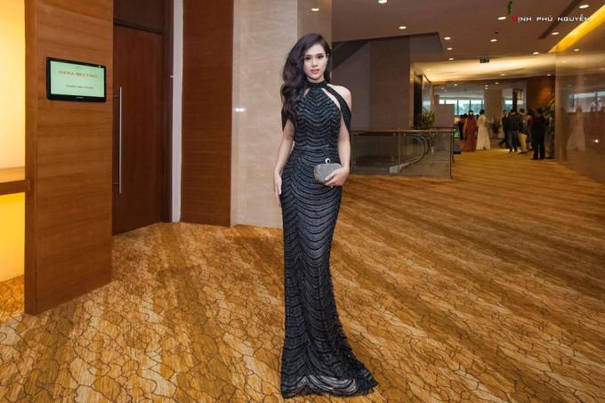 <p> Dù tham gia một số sự kiện nhưng Huyền Trang không quá nổi bật.</p>