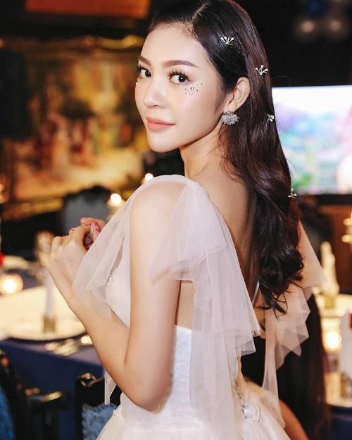 Sở hữu gương mặt xinh đẹp cùng các số đo 86-62-93, Bùi Lý Thiên Hương được kỳ vọng sẽ làm nên chuyện tại Miss Supranational Vietnam năm nay.