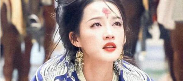 Hương Phi của Như Ý truyện đóng vai trò rất quan trọng trong phim.