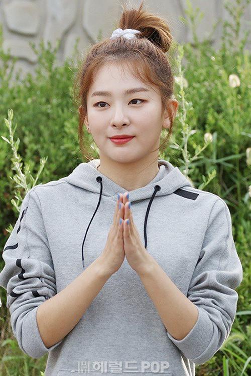 Seul Gi dường như đã lên cân, có đôi má phúng phính.