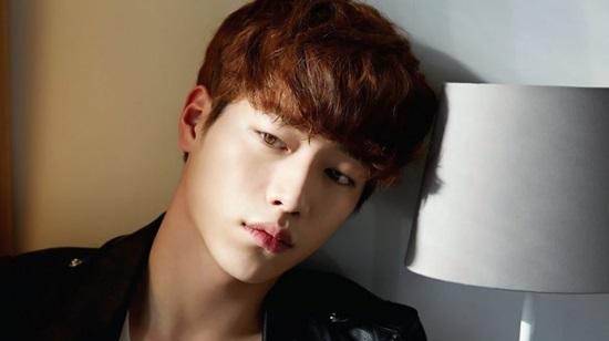 Bạn biết gì về chàng robot điển trai Seo Kang Joon?
