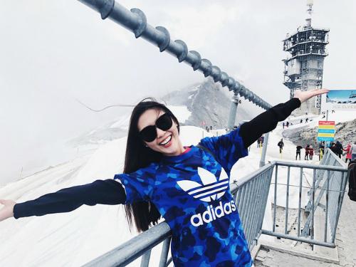 Top 8 Hoa hậu Liên lục địa 2017 đã có cơ hội ghé thăm nhiều địa danh nổi tiếng của châu Âu như tháp Eiffel, tháp nghiêng Pisa, thành phố xinh đẹp Venice, tòa thánh Vatican cùng nhiều nhà thờ, bảo tàng, cung điện nổi tiếng.