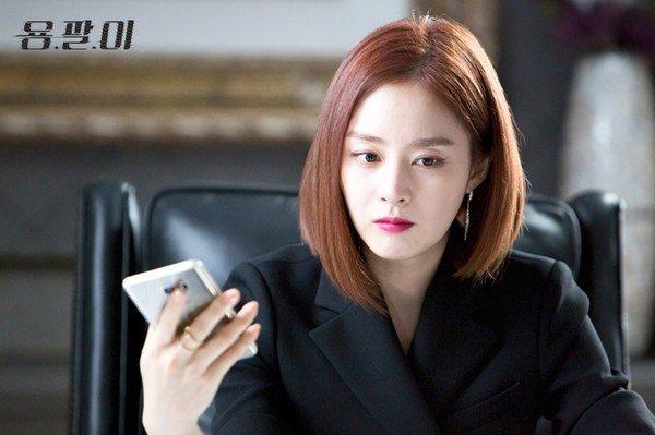 Sau Young Pal (2015), Kim Tae Hee đã có 3 năm ở ẩn để chăm sóc gia đình nhỏ.