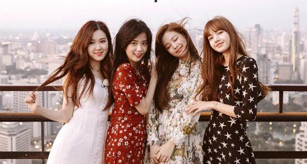 Trong số 4 thành viên của Black Pink, hai cô chị Jennie và Ji Soo nổi tiếng trong cộng đồng fan như một cặp visual hàng đầu Kpop.