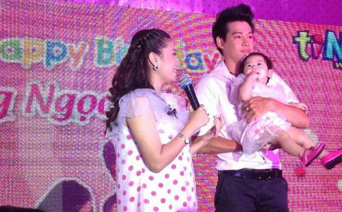 Phùng Ngọc Huy từng về nước để dự sinh nhật con gái với Mai Phương.