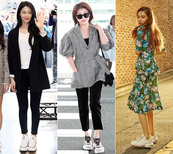 Không khó để bắt gặp những sao Hàn có vóc dáng nhỏ bé nhưng vẫn ra sân bay trong những đôi thể thao to oạch. Ugly shoes mang đến dáng vẻ khỏe khoắn, ngổ ngáo cho người dùng, khi kết hợp cùng váy điệu hay trang phục thanh lịch mang đến sự đối lập đầy thú vị.