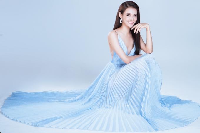 <p> Tuy không thể đại diện Việt Nam tham gia Miss Supranational nhưng Trương Mỹ Nhân cho biết vẫn sẽ luyện tập và tìm cơ hội tham gia một đấu trường nhan sắc quốc tế khác.</p>
