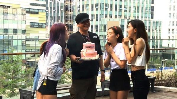Black Pink đang là gà cưng số 1 của YG.