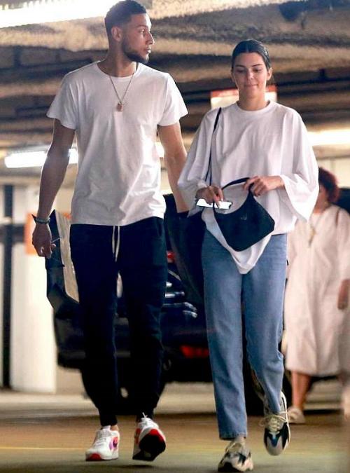 Kendall Jenner và Ben Simmons.