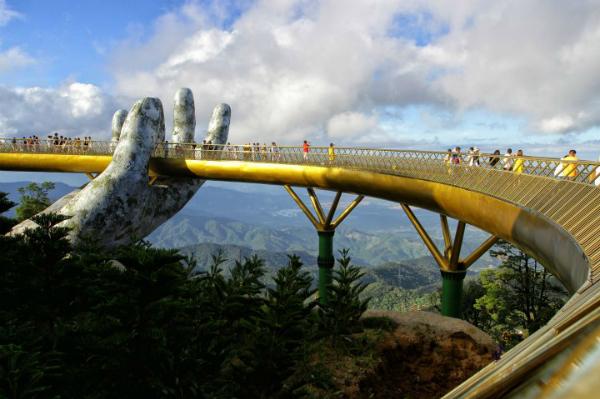 golden-bridge-da-nang-worlds-g-3642-7928