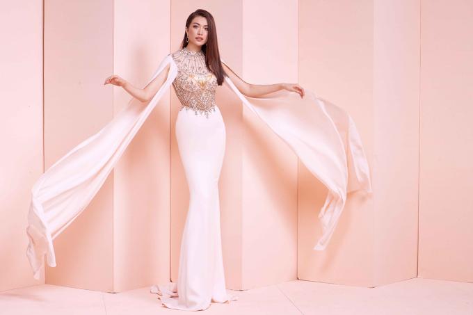 <p> Á hậu Lệ Hằng được cử đi thi Miss Universe 2016. Cô có sự chuẩn bị kỹ lưỡng, tuy nhiên chưa lọt vào Top 13 chung cuộc.</p>
