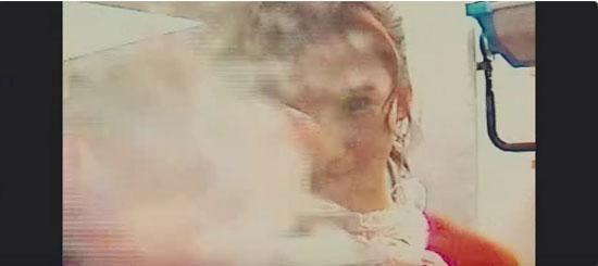 Mắt cú vọ soi cảnh quay đoán MV của Twice - 8