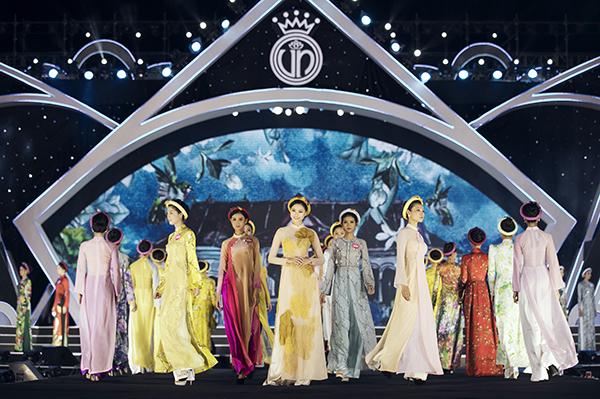 Kỳ Duyên thẳng thắn nhận xét thí sinh Hoa hậu Việt Nam catwalk như đi chợ