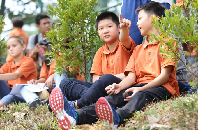 <p> Nhiều bạn học sinh chia sẻ có xem trận đấu bán kết giữa Việt Nam - Hàn Quốc vừa qua và ấn tượng khi Việt Nam có thể đi xa như thế tại Asiad.</p>