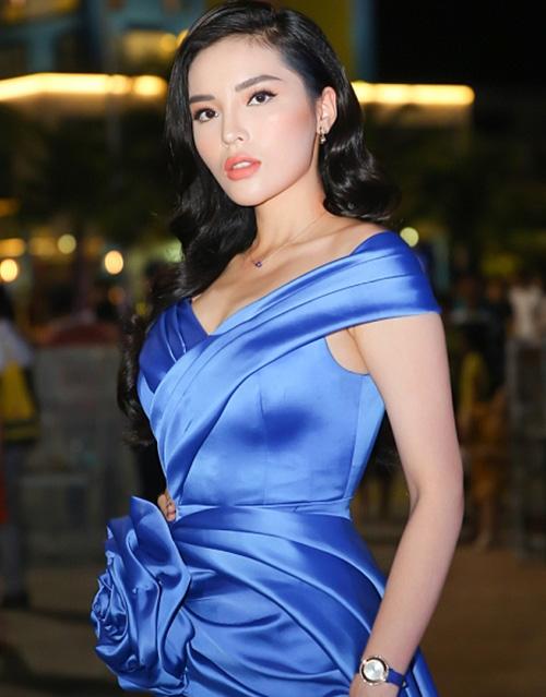 3 lỗi dễ gặp của sao Việt chứng minh trang điểm đẹp chẳng dễ dàng - 1