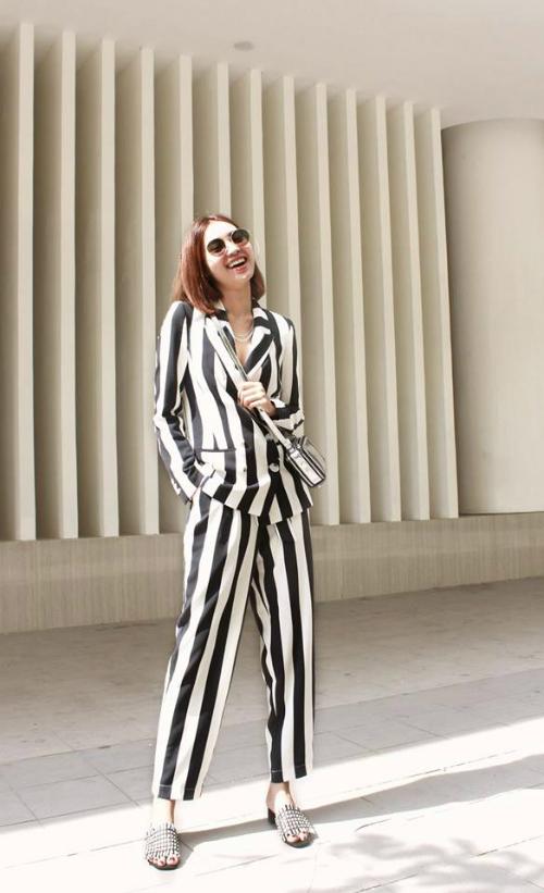 Không ngoa khi nói rằng, Lan Ngọc là biểu tượng thời trang mới của showbiz Việt.
