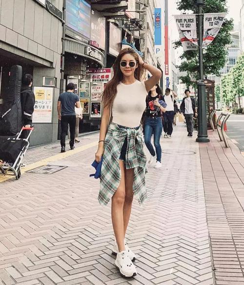 Hot girl Hàn sang chảnh, dáng chuẩn gây bất ngờ khi tiết lộ tuổi thật là 42 - 6
