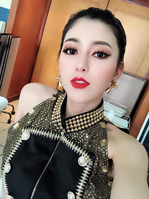 Ngọc Ánh - từ PG rao bán hàng đến quán quân Giọng hát Việt - 6
