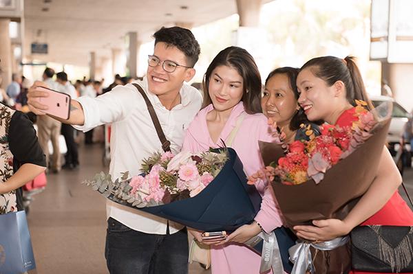 Nhiều các thành viên của đoàn phim, người thân và khán giả ra sân bay chào đón Ngọc Thanh Tâm về nước. Ngọc Thanh Tâm cảm ơn vì tình cảm của mọi người. Cô cho biết thời gian tới cô sẽ tiếp tục rèn luyện và cống hiến cho điện ảnh nước nhà những vai diễn mang nhiều màu sắc khác nhau.