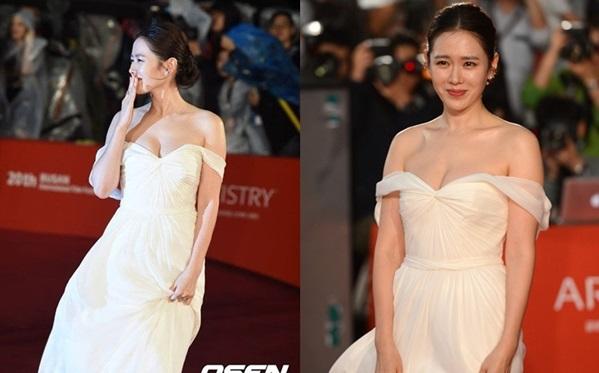 Những lần hở bạo gây bão của chị đẹp Son Ye Jin - 1