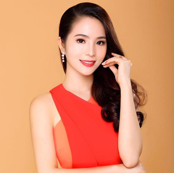 Vẻ đẹp kiêu kỳ của Dương Kim Ánh - 2