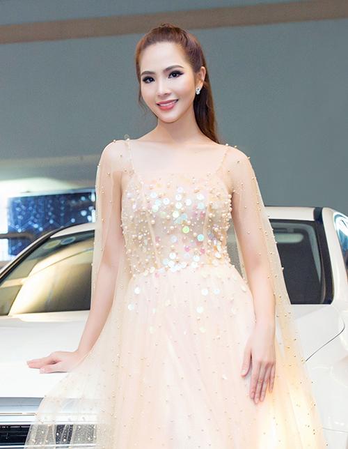 Vẻ đẹp kiêu kỳ của Dương Kim Ánh - 9