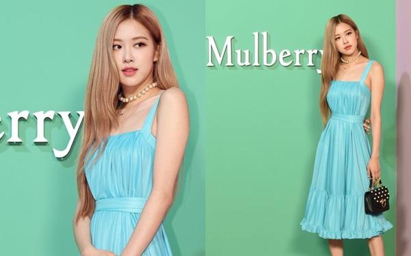 Nhiều người còn cho rằng, nhờ vẻ đẹp của Rosé, chiếc váy màu xanh ngọc kén người mặc như được nâng lên một đẳng cấp mới.