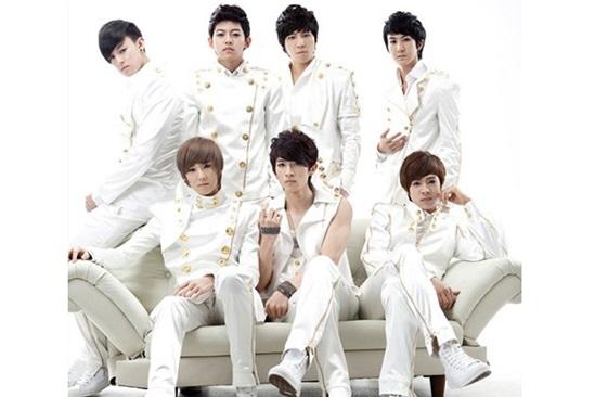 Thánh Kpop mới nhận ra đây là nhóm nhạc nam thế hệ thứ 2 nào? - 3
