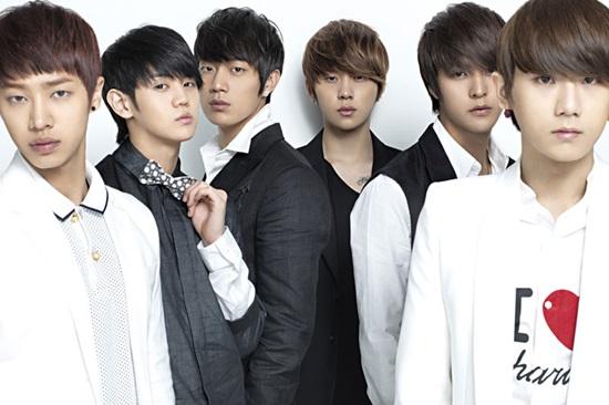 Thánh Kpop mới nhận ra đây là nhóm nhạc nam thế hệ thứ 2 nào? - 8