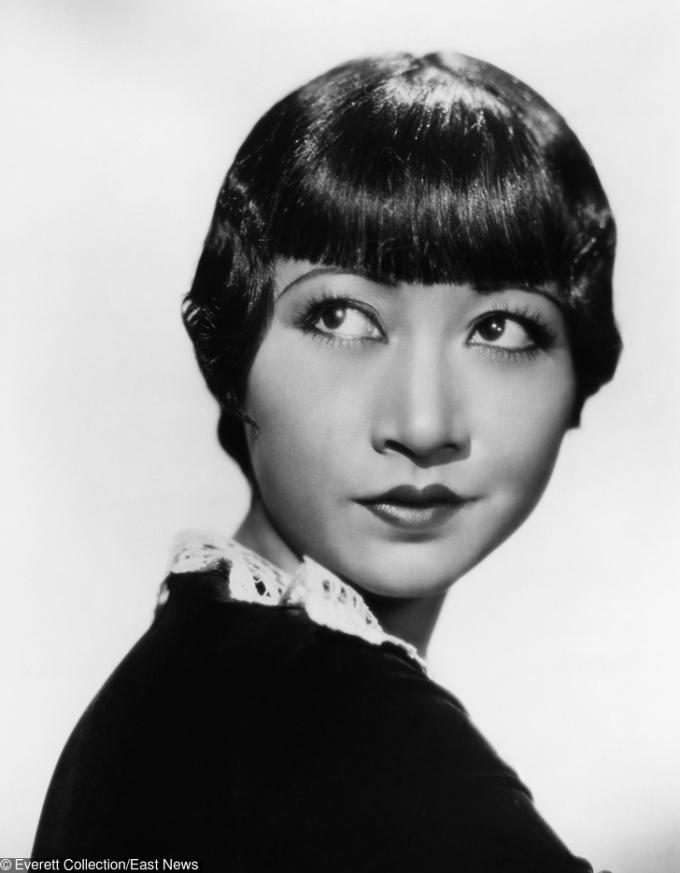 <p> <strong>16. Anna May Wong</strong><strong>(1905 - 1961)</strong><br /> <br /> Nữ diễn viên gốc Hoa đầu tiên ở Hollywood</p>