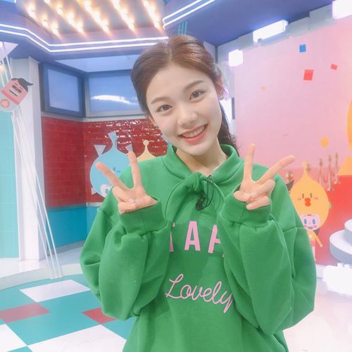 Kim Yuna hiện làm MC cho một show thiếu nhi của đài SBS.
