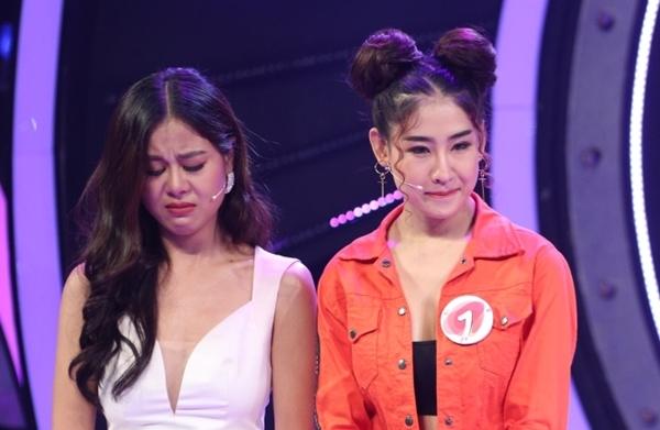 DJ Oxy bật khóc trước màn từ chối hẹn hò của Kay Trần.