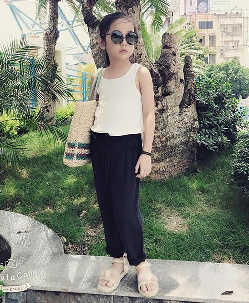 Con gái Kiều Minh Tuấn ngoài đời có style siêu sành điệu - 8