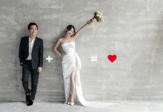 """<p> Từng thiết kế váy cưới cho Hari Won, Tú Vi, Á hậu Tú Anh… nên lần này Chung Thanh Phong tiếp tục được Nhã Phương tin tưởng """"chọn mặt gửi vàng"""". Anh cho biết đã chuẩn bị cho cô dâu 3 chiếc váy cưới lộng lẫy nhất để mặc trong ngày hạnh phúc.</p>"""
