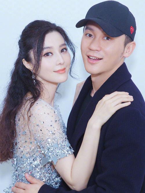 Lý - Phạm từng lên kế hoạch kết hôn trong năm 2018 nhưng hiện có tin đồn Lý Thần đã bỏ rơi bạn gái.