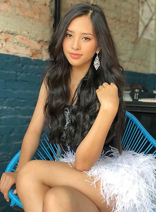 Hoa hậu Tiểu Vy vốn có làn da ngăm, vẻ đẹp Tây tràn đầy sức sống.