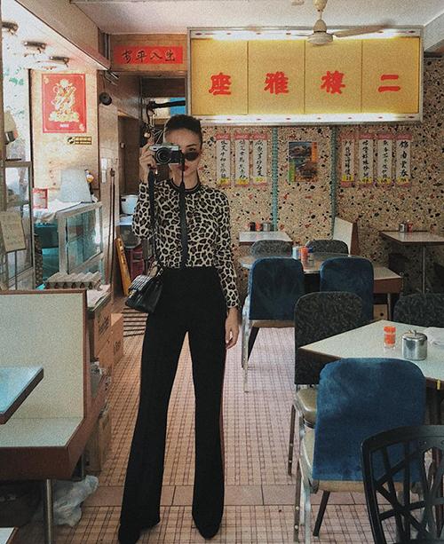 Họa tiết da báo như Yến Trang đang diện được rất nhiều tín đồ thời trang yêu thích năm nay.