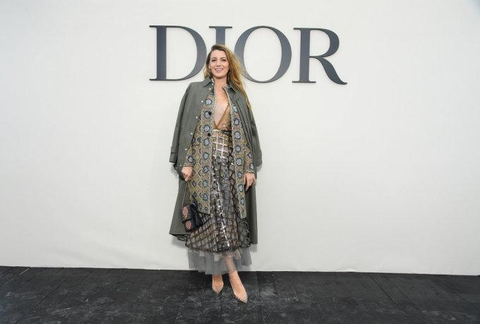 <p> Dior còn mời hàng loạt ngôi sao nổi tiếng khác trong đó có nữ diễn viên Blake Lively.</p>