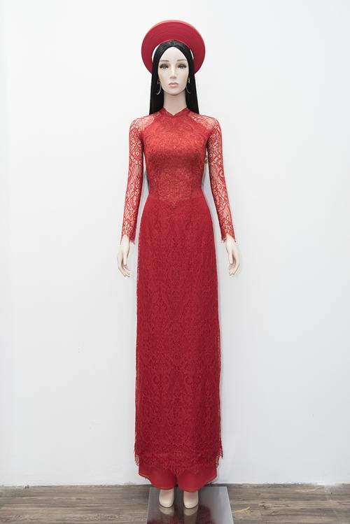 Chiếc áo dài Nhã Phương sẽ mặc trong lễ rước dâu hôm nay
