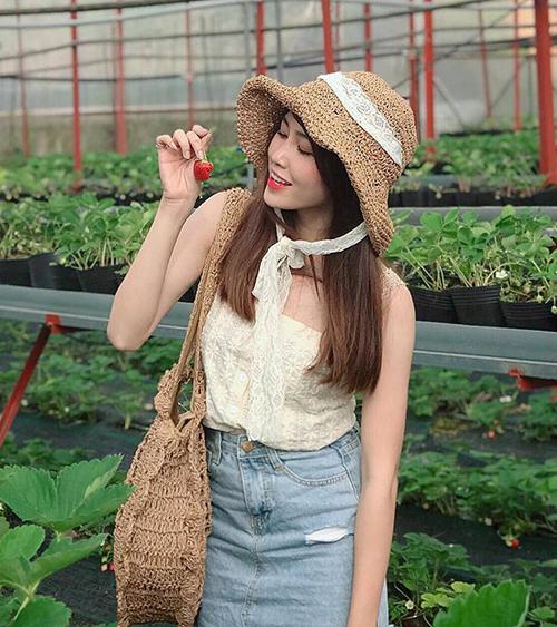 My Vũ có gương mặt xinh xắn, hài hòa, vóc dáng mảnh mai và chiều cao không thua người mẫu. Đây cũng là lý do cô gái Quảng Nam ngoài vai trò diễn viên còn làm người mẫu chụp thời trang.